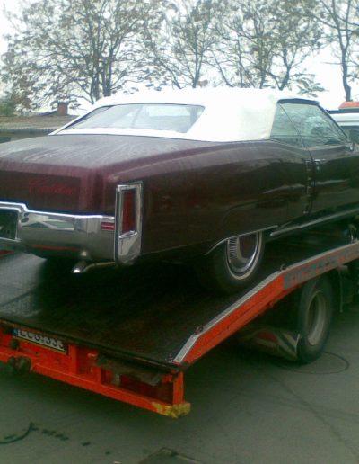 Cadillac (2)